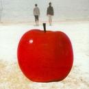 赤いリンゴ/ふれあい