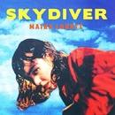 SKYDIVER/LE GONG/Maika Loubte