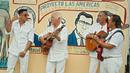 La Guapa (feat. Rio Santana)/Gipsy Kings & Chico