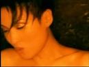 Ta Zai Wu Ding Chang Ge (Music Video)/Amanda Lee