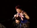 Medley: Wei Du Ni Shi Bu Ke Qu Ti / Xian Shuo / Zhen Xin Zhen Yi / Xin Xue / Nan Ren Zui Tong / Qi Shi Ni Xin Li You Mei You Wo ('02 Live)/Andy Hui