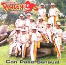 Con paso sensual/Banda Pequeños Musical