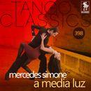 A media luz (Historical Recordings)/Mercedes Simone