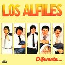 Diferente.../Los Alfiles
