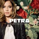 Kesän ensimmäisenä lämpimänä yönä/Petra