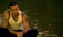 Un Beso de Desayuno (Video)/Calle 13