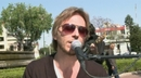 A Medio Vivir ((Sesiones Callejeras  ¡Tunes (Video))/Noel Schajris