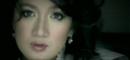 Mencoba Mencintaimu (Video Clip)/She