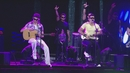Use Somebody / Otherside (Vídeo Ao Vivo)/Oba Oba Samba House