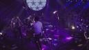 Weitergehen (Für die Jungs vom Balkon auf die Straße) (Live)/Jupiter Jones