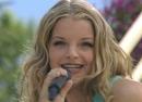 Bum (ZDF-Fernsehgarten 24.6.2001) (VOD)/Yvonne Catterfeld