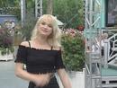Hey, was kostet die Welt? (ZDF-Fernsehgarten 27.6.1999) (VOD)/Simone Christ