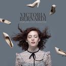 Vuelan los Zapatos/Victoria Bernardi