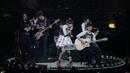 東京ラヴソング -LiVE is Smile Always~PiNK & BLACK~ in 日本武道館「いちごドーナツ」-/LiSA