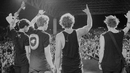What I Like About You (Live At The Forum)/5 Seconds Of Summer