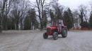 Traktorom Me Dovezli, Limuzinom Odvezli (Teretana Session)/Kandžija i Gole žene