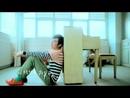 Ni Bei Xie Zai Wo De Ge Li (Video) (feat. Ella Chen)/Sodagreen
