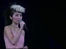 Medley: nuo ruo / shei yuan fang shou / feng hua xue (2000 Live)/Kelly Chen