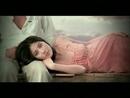 Liang Ge Shi Jie (Music Video)/Kelly Chen