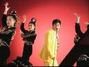 Tian Hua Luan Zhui (Karaoke)/Hu Gua