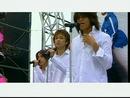 Chuan Yue Yi Guang Nian (Karaoke)/Energy