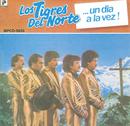 Un Dia A La Vez/Los Tigres Del Norte