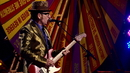 Earthbound (Live From The Spectacular Spinning Songbook Tour / 2011)/Elvis Costello, The Imposters