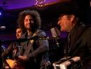 Somos Más Americanos (En Directo Desde Los Angeles MTV Unplugged) (feat. Zach de la Rocha)/Los Tigres Del Norte