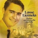 (MM) Kadun aurinkoisella puolella/Lasse Liemola