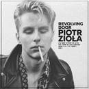 Revolving Door/Piotr Ziola