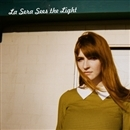 Sees the Light/La Sera