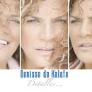Detalles/Denisse De Kalafe