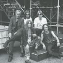 Trampin'... Live aux Vieilles Charrues 2004/Patti Smith