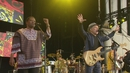 Diamonds on the Soles of Her Shoes (from The Concert in Hyde Park)/Paul Simon with Ladysmith Black Mambazo
