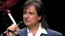 Amigo (Video En Vivo - Stereo Version)/Roberto Carlos