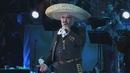 Marioneta / Un Hombre Con Suerte ((En Vivo) [Un Azteca en el Azteca] [Versión Editada])/Vicente Fernández