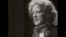 What's in a Kiss (Official Video)/Gilbert O'Sullivan